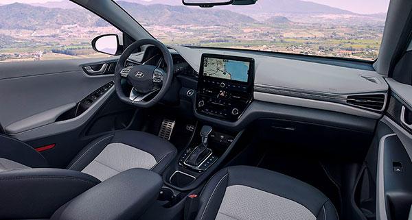 Hyundai IONIQ Híbrido interior